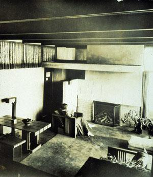 Rudolph Michael Schindler - Living Room of Charles H. Wolfe House